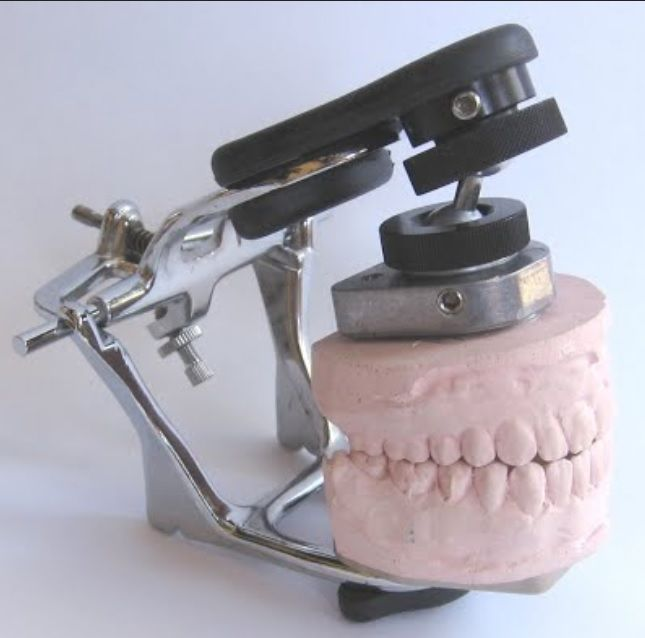 Dental articulator SMARTICULATOR™ Y.T. Dental Solutions