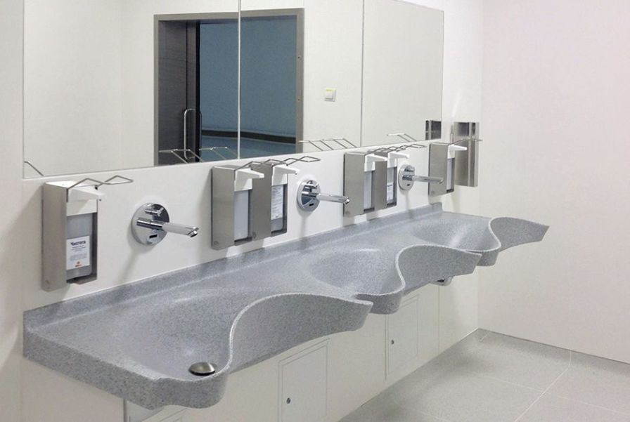 3 stations surgical sink / infrared water tap Vitec Cleanroom Technologies