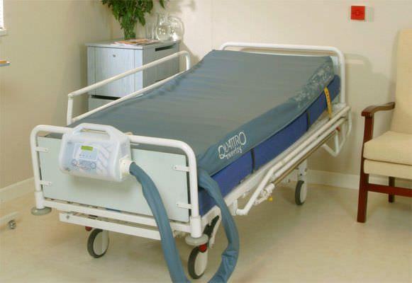 Hospital bed overlay mattress / anti-decubitus / dynamic air / tube QUATTRO OVERLAY? Talley