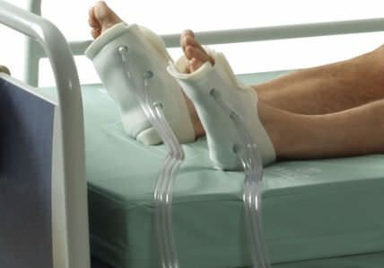 Pressure therapy unit, (physiotherapy) with leg garment SYNCHRO? Talley