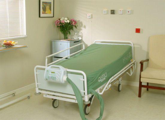 Anti-decubitus mattress / for hospital beds / dynamic air / tube QUATTRO ACUTE™ Talley