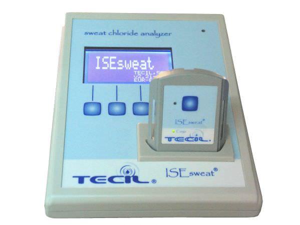 Automatic cystic fibrosis analyzer by neonatal sweat test ISEsweat TECIL
