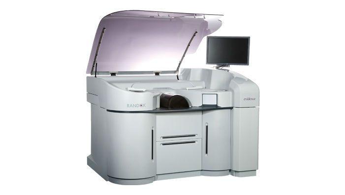 Automatic biochip immunoassay analyzer / multiplexing / random access 2940 tests/h   Evidence Evolution Randox Laboratories