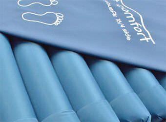 Hospital bed mattress / foam / dynamic air 20 - 200 kg | TubusAir 18/3 Savatech d.o.o.