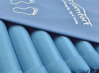 Hospital bed mattress / anti-decubitus / foam / dynamic air 20 - 200 kg | TubusAir 18/4 Savatech d.o.o.