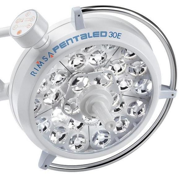 LED surgical light / ceiling-mounted / 2-arm 130 000 lux | Pentaled 30E Rimsa P. Longoni
