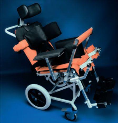 Passive wheelchair / reclining PINGUINO RQL - GOLEM tables