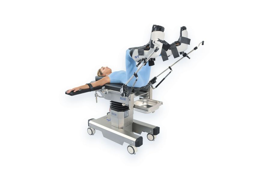 Universal operating table / electro-hydraulic / on casters OPT40/1 OPT SurgiSystems Srl
