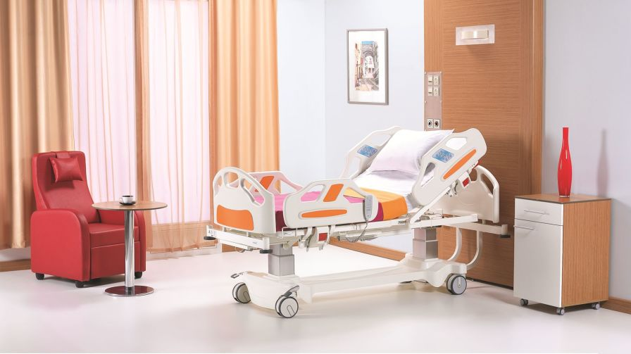Intensive care bed / electrical / height-adjustable / 4 sections NITRO HB 5330 Nitrocare