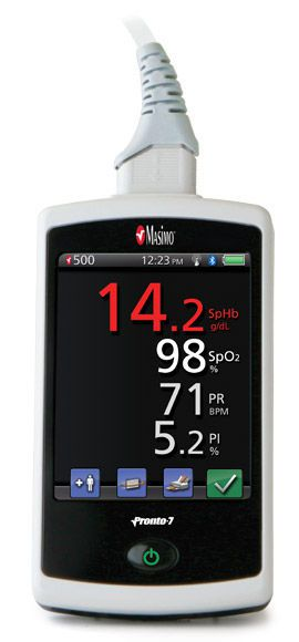 Handheld pulse CO-oximeter / with separate sensor Pronto-7® Masimo