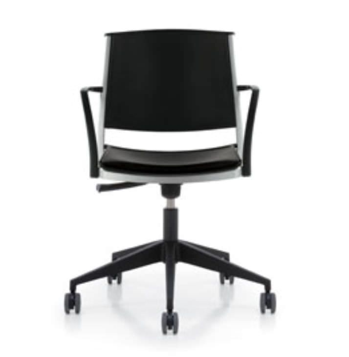 Waiting room chair / office / with armrests / with backrest Corfu Krug