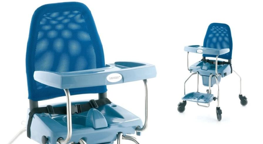 Commode chair / on casters / pediatric Leckey