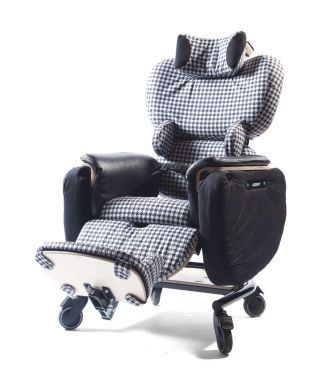 Medical sleeper chair / on casters Comfee Leckey
