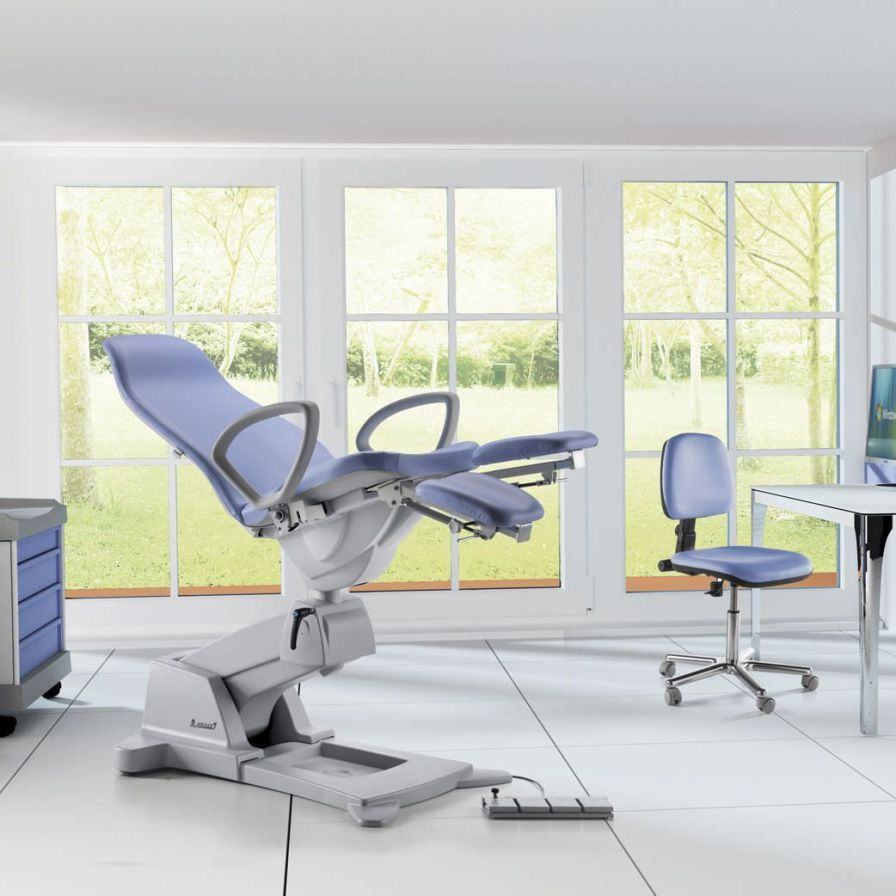 Podiatry examination chair / electrical / height-adjustable / 3-section Podo Slinder LEMI