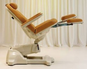 Podiatry examination chair / electrical / height-adjustable / 3-section Podo High LEMI