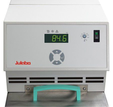 Warming laboratory water bath / circulating / refrigerated / compact -30 °C ... +150 °C | CF30 Julabo