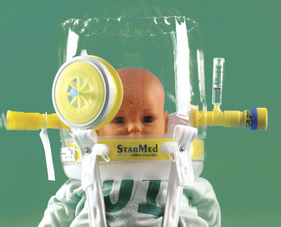 Oxygen hood for CPAP therapy StarMed CaStar Infant Intersurgical