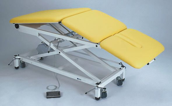 Electro-hydraulic examination table / height-adjustable / 3-section 3840-00 K.H. Dewert