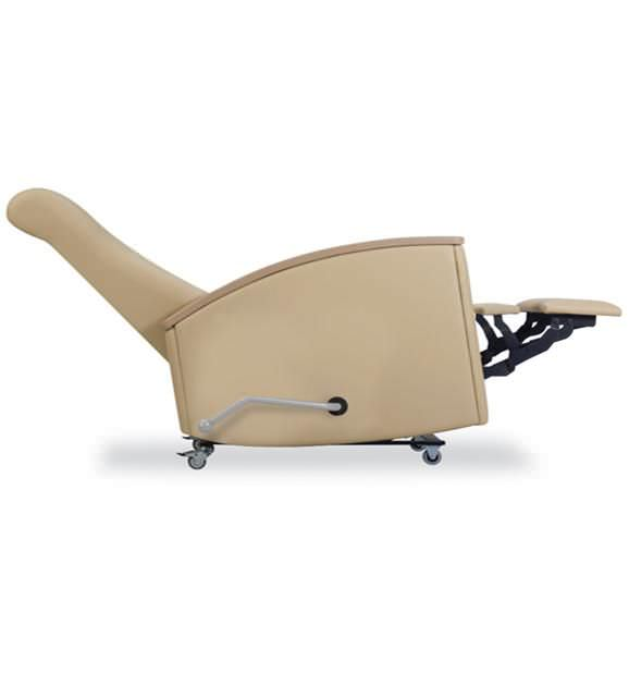 Reclining medical sleeper chair / on casters / manual Matteo 619-35 IoA Healthcare