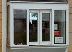 Laboratory window / hospital / automatic / sliding Drive-Thru Horton Doors