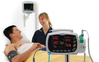 NIBP vital signs monitor / SpO2 / TEMP Smartsigns LitePlus Huntleigh Diagnostics