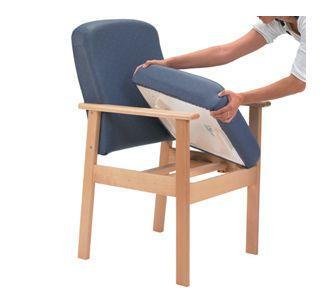 Chair with backrest / with armrests / height-adjustable 160 kg | 832 Healthcare Design