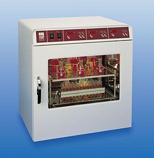 Laboratory incubator shaker 8 °C ... 70 °C, 45 L, 10 - 250 rpm | 3032 GFL Gesellschaft für Labortechnik