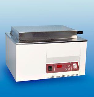 Laboratory water bath 5 °C ... 99.9 °C, 20 L | 1008 GFL Gesellschaft für Labortechnik