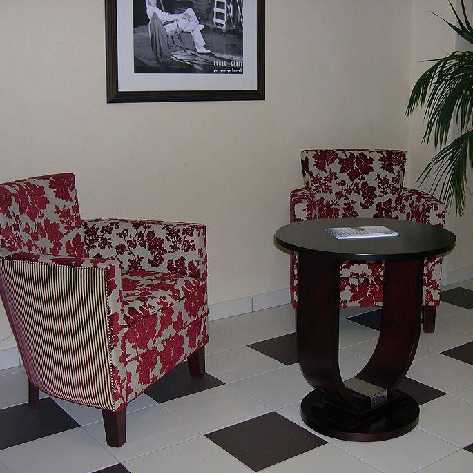 Waiting room armchair 7090 COLLINET