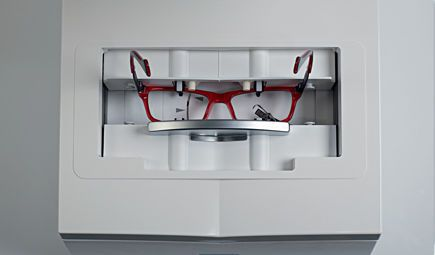 Optical lens edger (optical lens processing) / optical lens blocker / optical lens centering device / optical lens shape tracer Neksia Essilor instruments