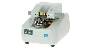 Optical lens edger (optical lens processing) / automatic MRT 701 Essilor instruments
