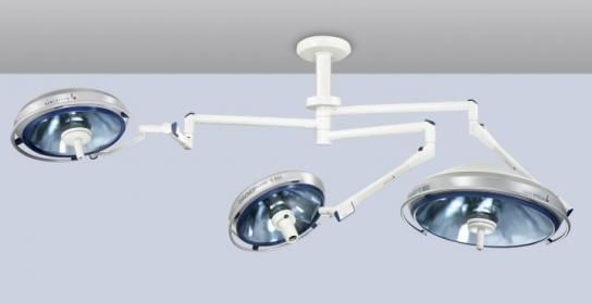 Halogen surgical light / ceiling-mounted / 2-arm 70 000 - 135 000 lux   CHROMOPHARE BRITE E 550 Berchtold