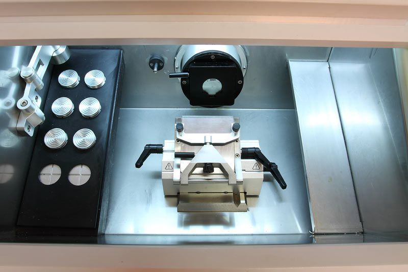 Semi-automatic microtome cryostat AST 500 Amos scientific
