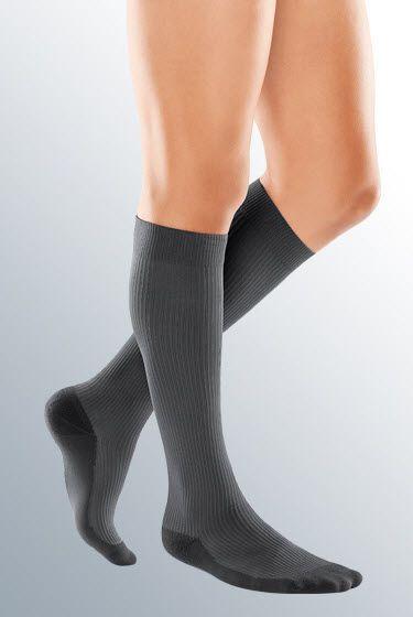 Socks (orthopedic clothing) / compression / man medi travel men medi