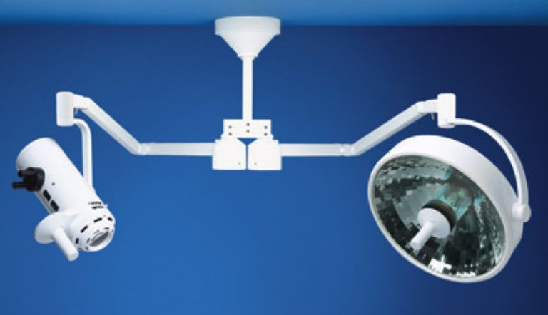 Halogen surgical light / with video camera / ceiling-mounted / 1-arm Centurion Excel Medical Illumination International