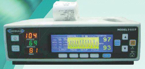 NIBP vital signs monitor / SpO2 / TEMP MODEL 960P Mediaid Inc.