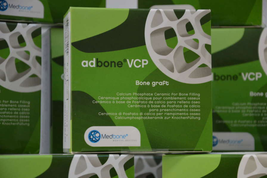Synthetic bone substitute / rigid adbone®VET Medbone Medical Devices