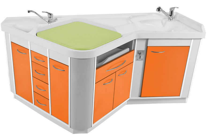 Changing table / with bath / with sink Neonat Loxos