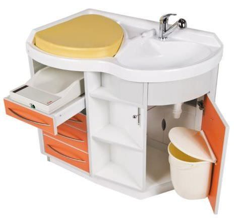 Changing table / with bath Betamat Loxos