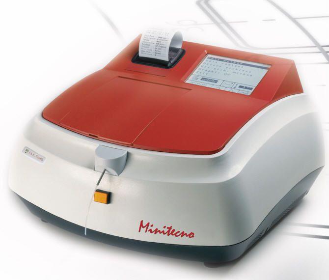 Semi-automatic biochemistry analyzer / compact Minitecno I.S.E.