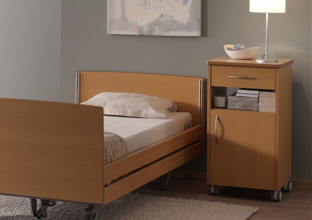 Bedside table / on casters / with integrated over-bed table Quadra Care Haelvoet