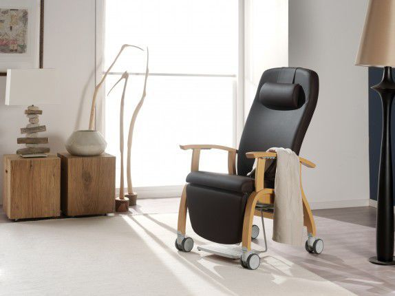 Medical sleeper chair / on casters / with legrest / reclining / manual Fero 07579 Haelvoet