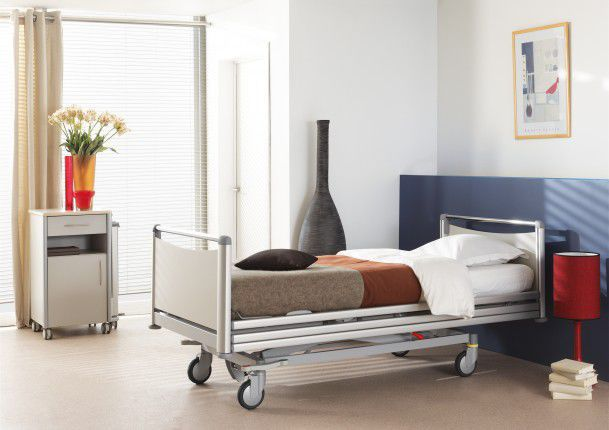 Hospital bed / electrical / on casters / height-adjustable Artena Haelvoet