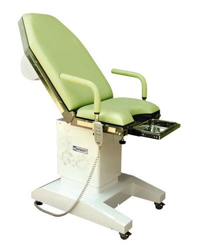 Gynecological examination table / electrical / height-adjustable / on casters HG 10R Herbert