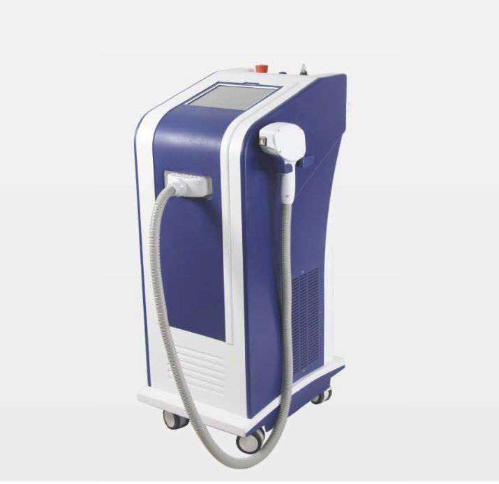 Dermatological laser / diode / on trolley GIGAA LASER