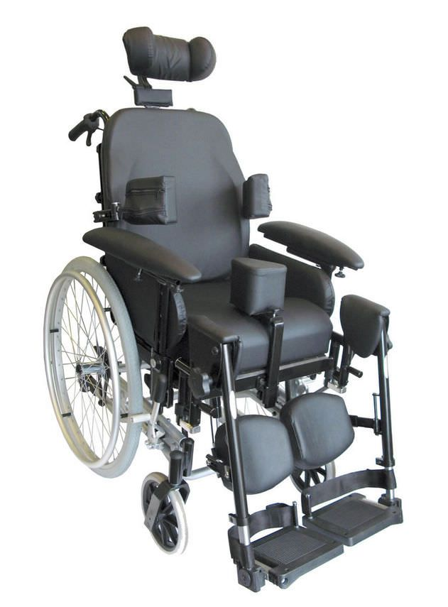 Passive wheelchair / with headrest / with legrest IDSOFT Dupont Medical