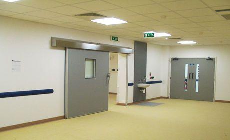 Hospital door / sliding / radiation shielding / fire F Type Dortek