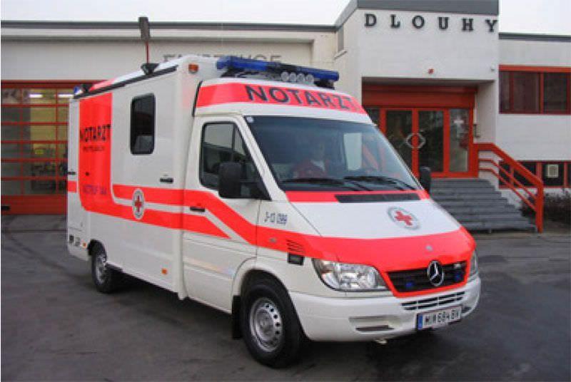 Intensive care medical ambulance / box Mercedes Sprinter Dlouhy , Fahrzeugbau