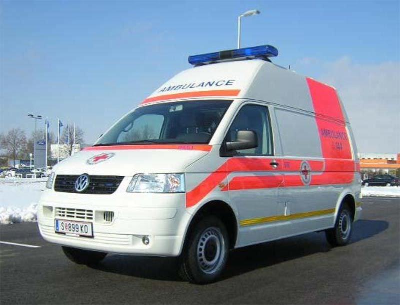 Emergency medical ambulance / van VW T5 HD Dlouhy , Fahrzeugbau