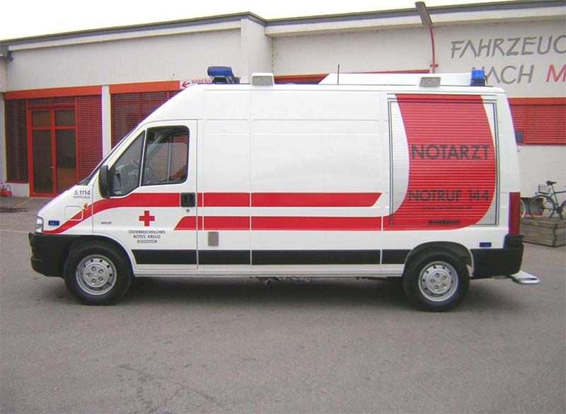 Intensive care medical ambulance / van Peugeot Boxer Dlouhy , Fahrzeugbau